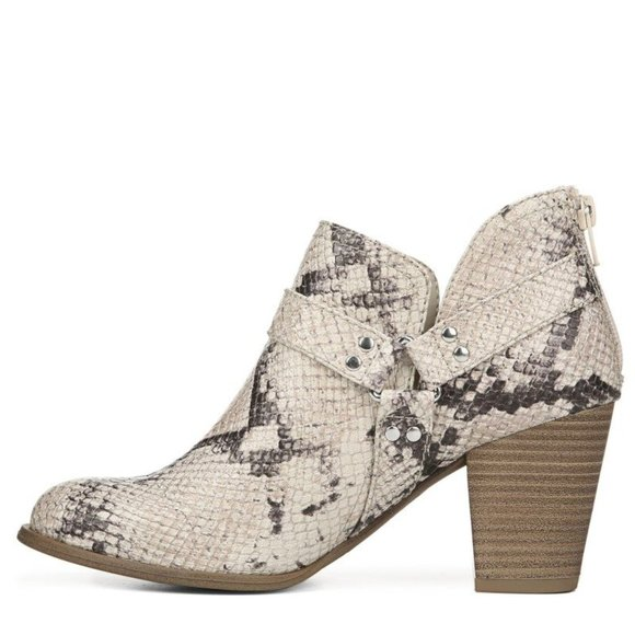FERGIE Chucky Natural Faux Snakeskin Bootie 8.5